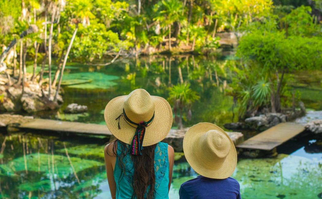 Cenote mexicano. Viajar en familia: los 10 mejores destinos del planeta