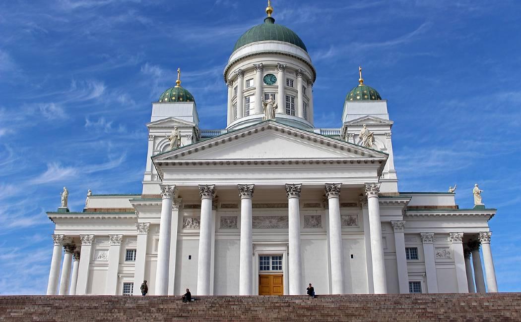 Catedral Helsinki. Laponia finlandesa: 22 tips para el viaje perfecto
