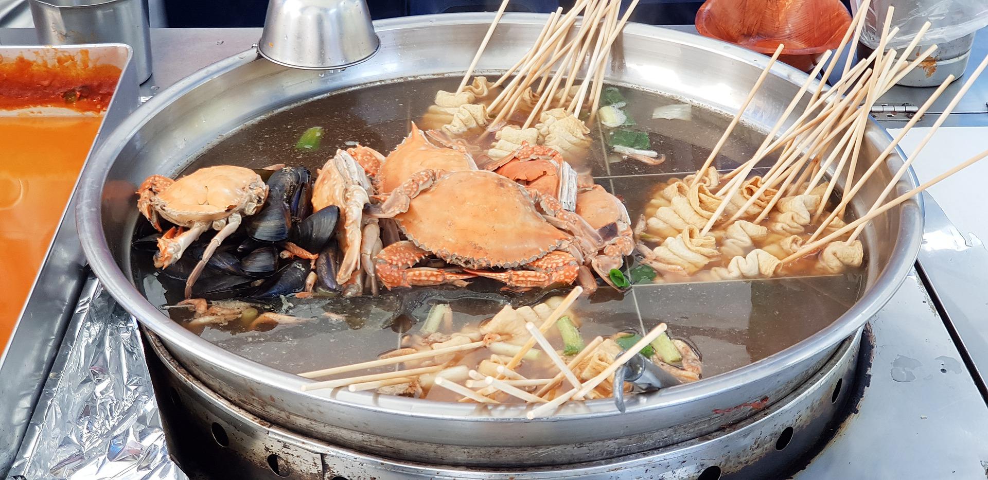 Oden japonés comer en Japón
