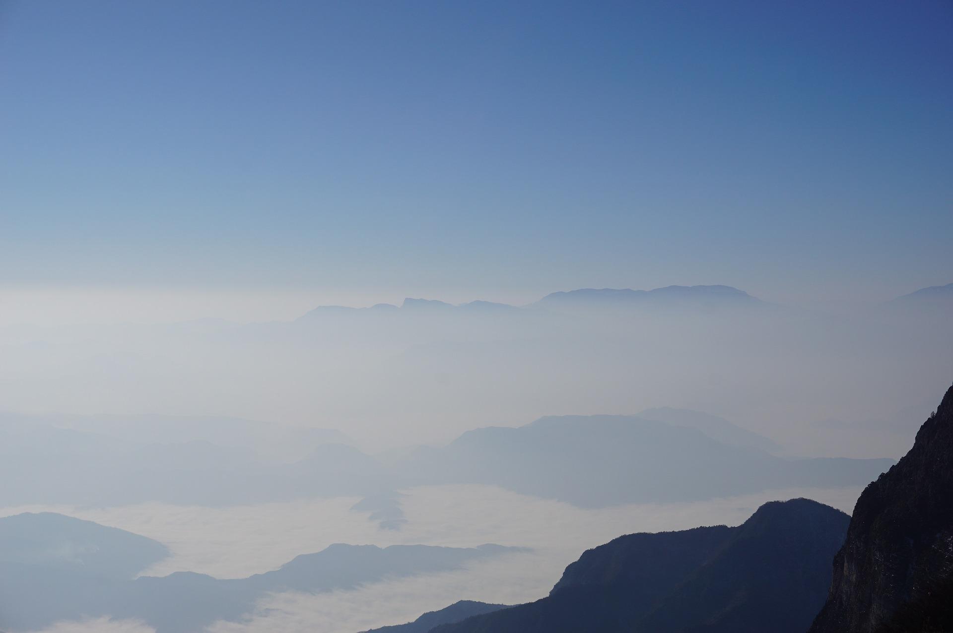 Monte Emei, China
