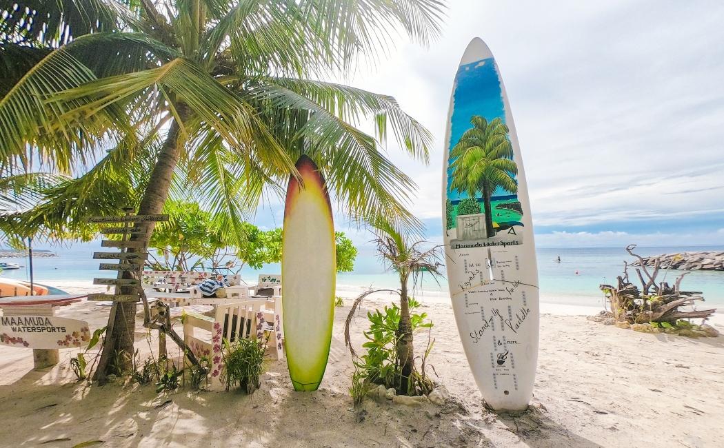 pagar en viaje a las maldivas